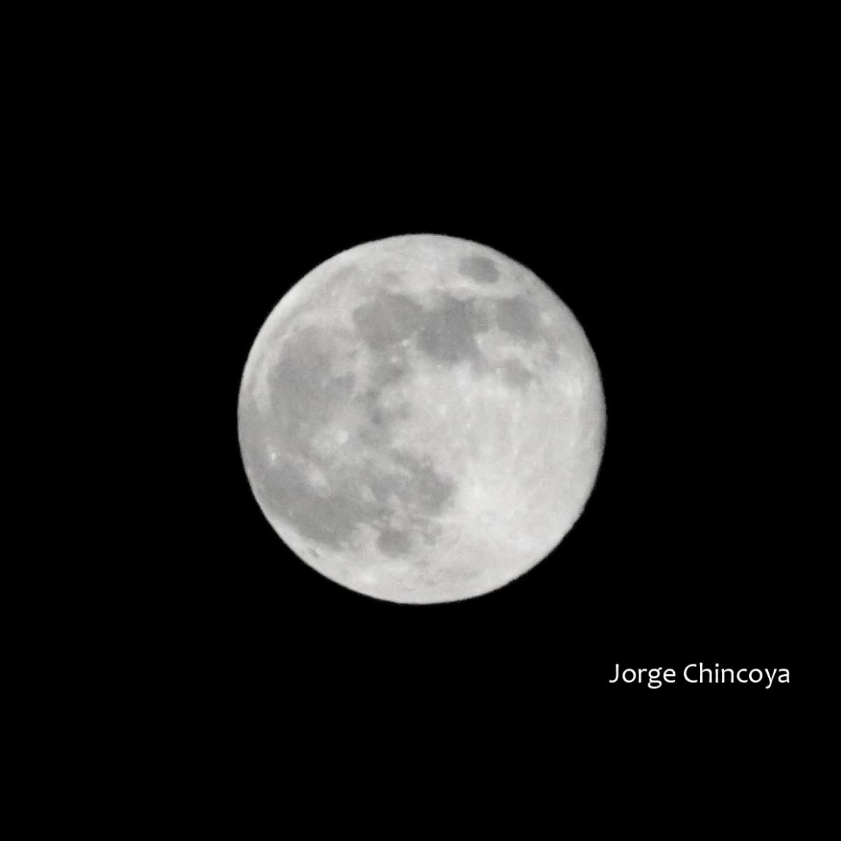 Luna 10ago14